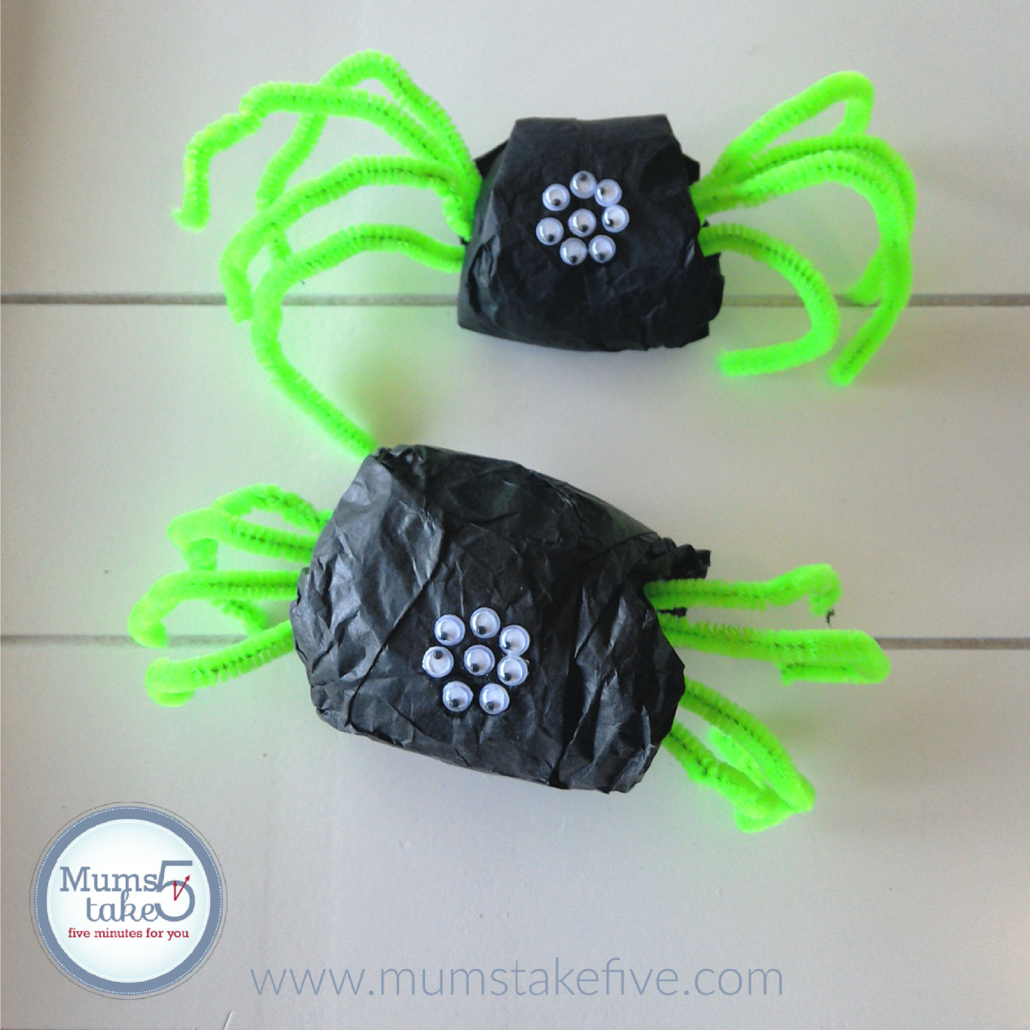 Easy Halloween Spider Craft