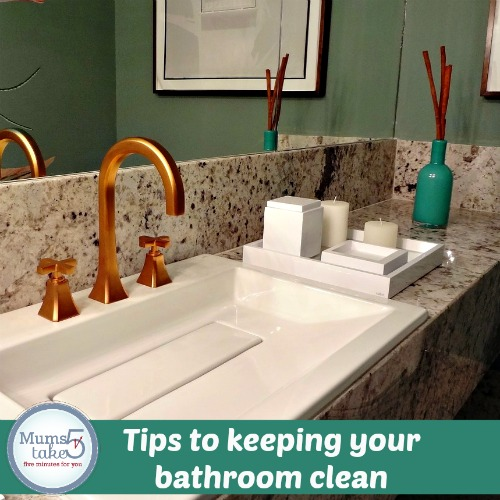 tips to a clean bathroom