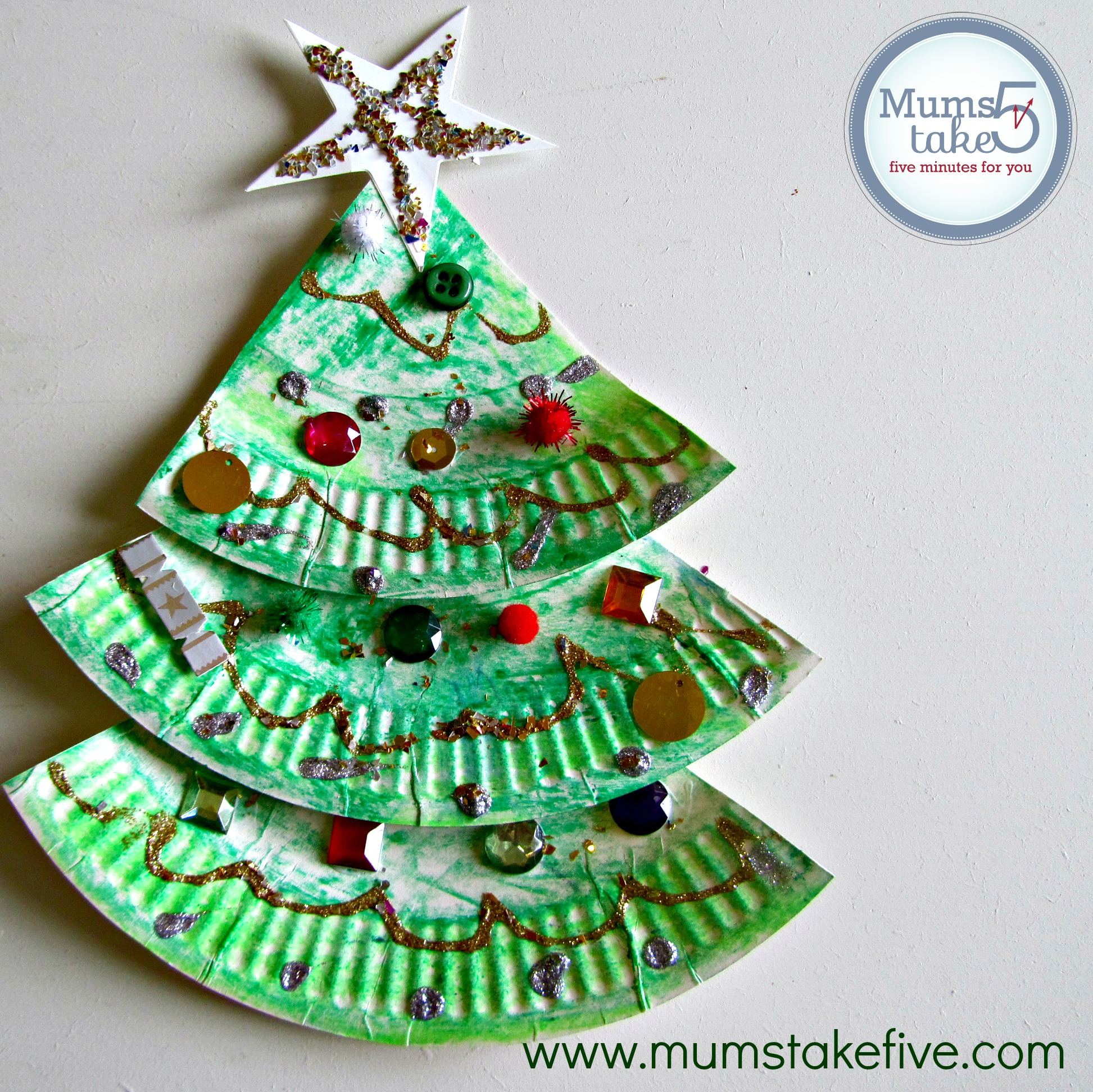 sc 1 st  Mums Take Five & Christmas Paper Plate Tree