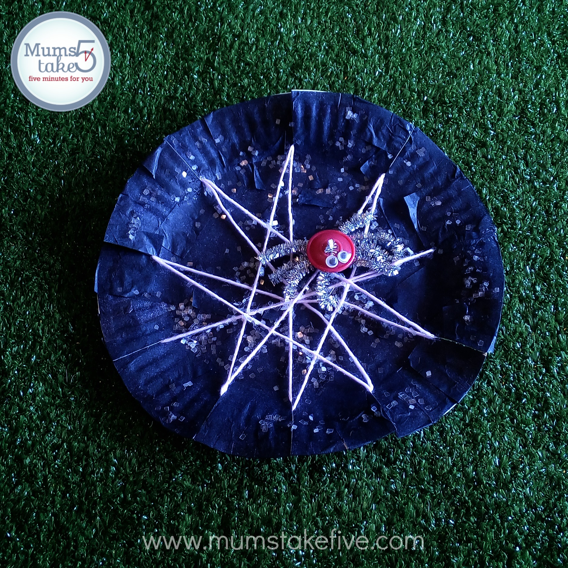 Halloween Paper Plate Preschool Craft & Halloween Paper Plate Spider Web Craft