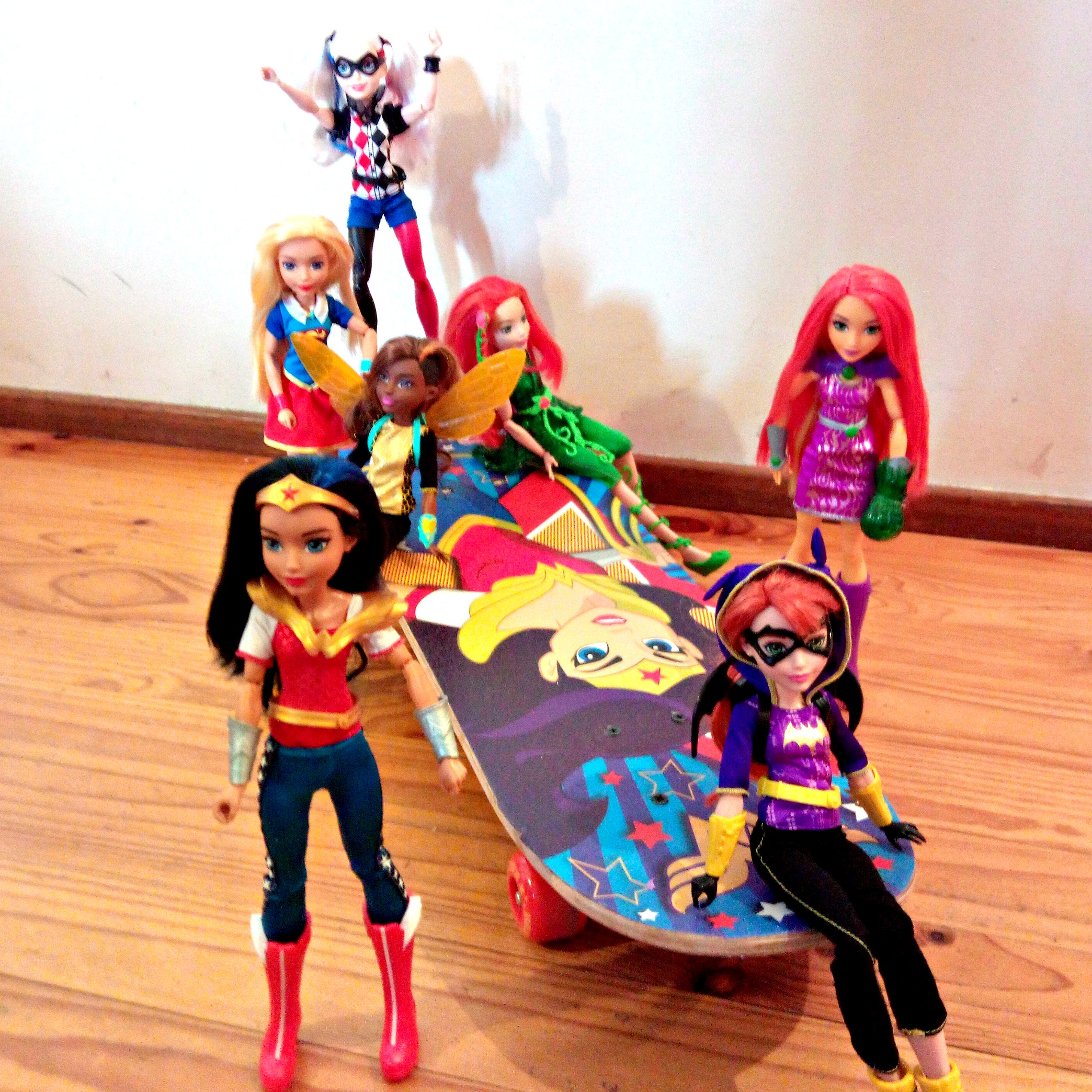 DC Super Hero Girls Wonder Woman Skateboard